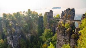 Blick auf die Basteibrücke am Morgen
