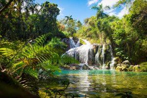 Wasserfall und Wasserbecken Poceta de Cristal im El Nicho Nationalpark